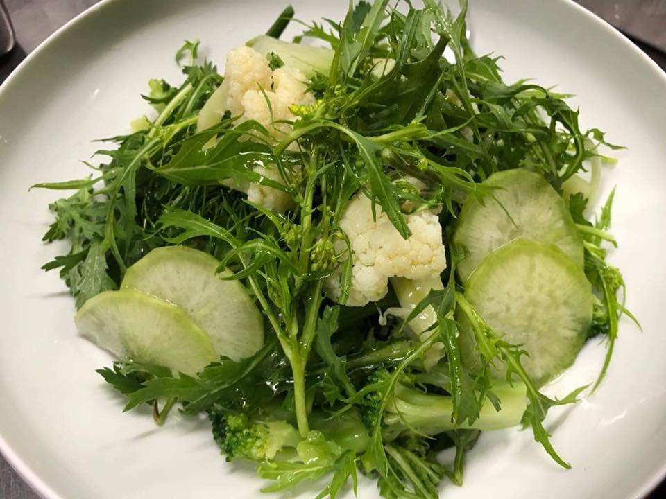グリーンとハーブのサラダ